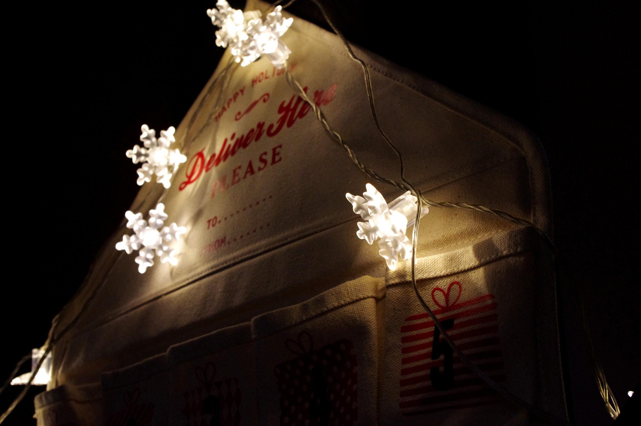 O wyświechtanej świątecznej magii i kalendarzu na adwent